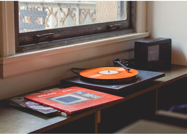 Học tiếng Anh qua bài hát_ 45 bài hát cải thiện Listening.1.jpg